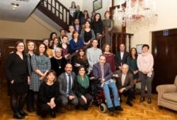 Foto de familia de la presentación de la XVII Convocatoria de Ayudas