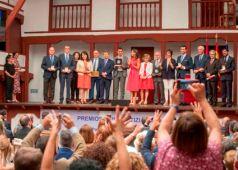 Foto de familia de la entrega de los Premios Reina Letizia 2018