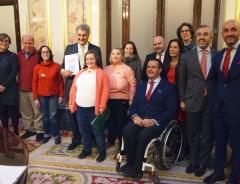 Foto de familia de la presentación en el Congreso de los Diputados de la Constitución española en lectura fácil