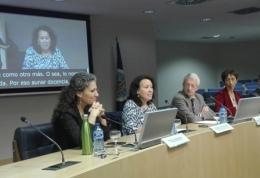 Foto de la mesa de apertura de la 'Jornada de Intercambio y Análisis Profesional Universitario'