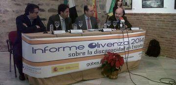 Foto de la presentación del Informe Olivenza 2014