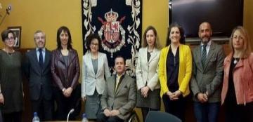 Foto de familia de la reunión del Consejo Rector del CNLSE presidida por el director del Real Patronato sobre Discapacidad, Ignacio Tremiño