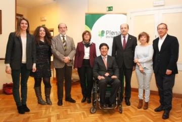 Foto de familia de la presentación del estudio 'Todos Somos Todos'