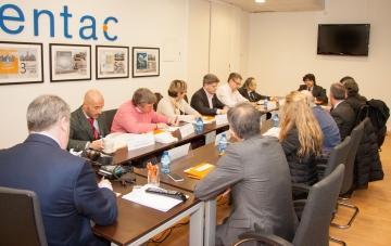 Mario Garcés presidiendo el Patronato del Centro Nacional de Tecnologías de la Accesibilidad (CENTAC)