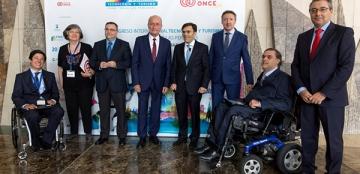 Foto de familia de la inauguración del Congreso Internacional de Tecnología y Turismo para todos