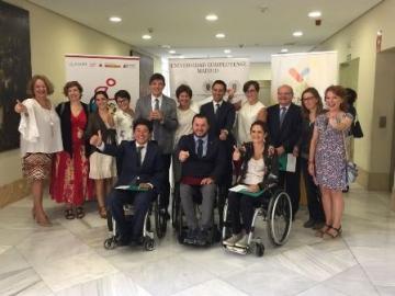 Foto de familia de la inauguración del I curso semipresencial de Turismo Accesible