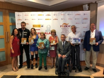 Foto de familia de la entrega de los Premios Juan Palau 2018