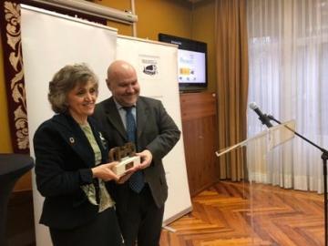Foto de la entrega del premio cermi.es