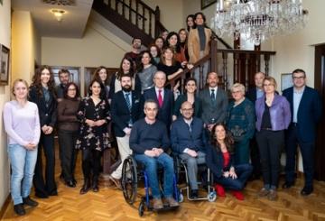 Foto de familia de la presentación de la XVIII Convocatoria de Ayudas